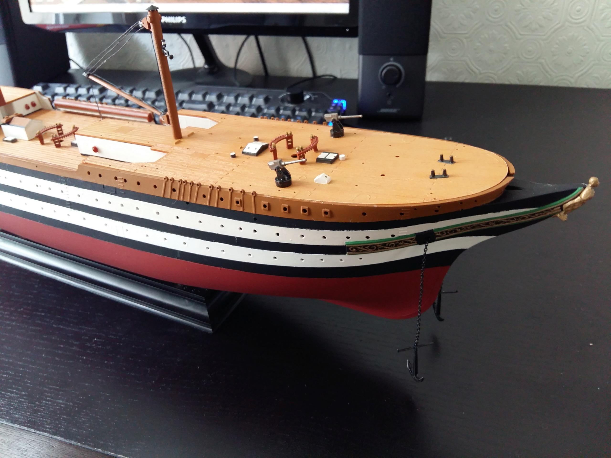 Aide peinture Titanic 1/400 Revell  20180410