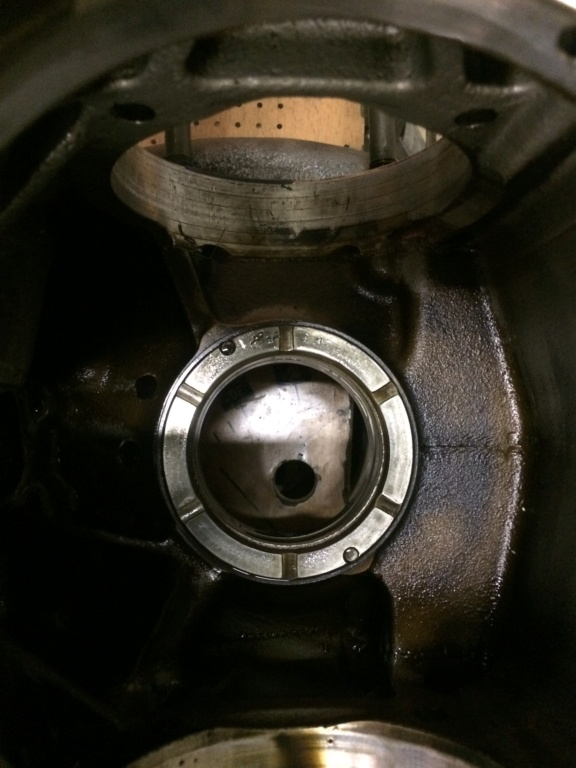 [R75/5] volant moteur très dur a tourner après remontage de l'embrayage - Page 2 Img_4217