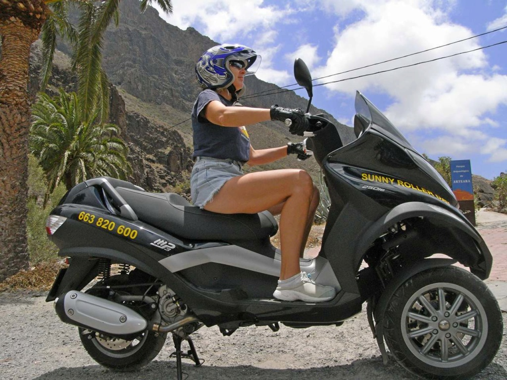 New Yamaha 3 wheel scooter Mp3b10