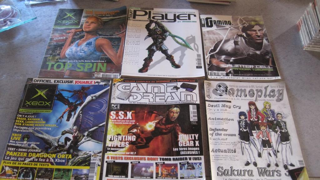 [VDS] Lot Livres consacrés aux jeux video et lot magazines JV divers Img_2953