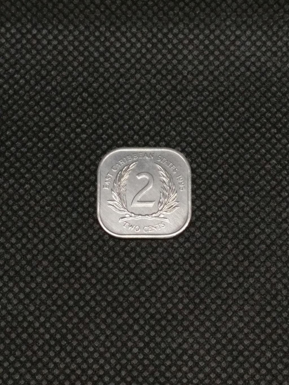 ¡¡No soy redonda!! (2 centavos, 1995, Estados del Caribe Oriental) 2_cent11