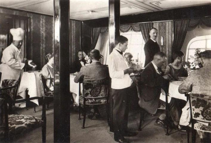 -GRAF ZEPPELIN- 5 marcos 1930 Alemania. Zep_0310