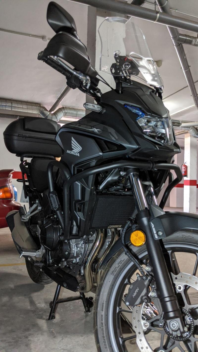 Chuches de Aliexpress montadas... protector radiador, pedal freno y alza cúpula Img_2032
