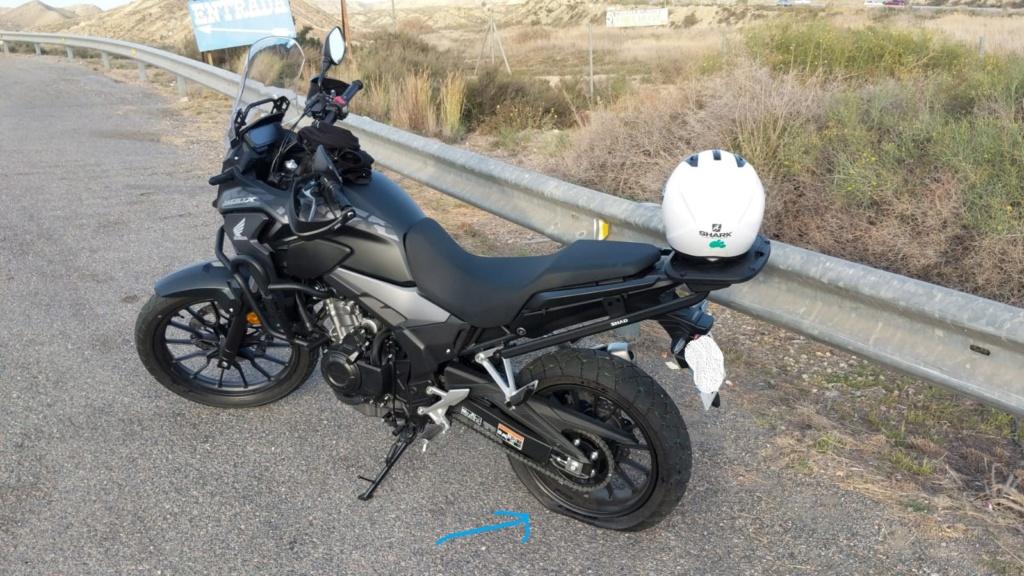 255km y moto en grúa... no sé si pinchazo o fallo neumático Moto_p10