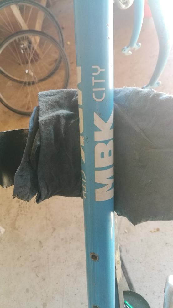 Un bien drôle de vélo MBK City Img_2079