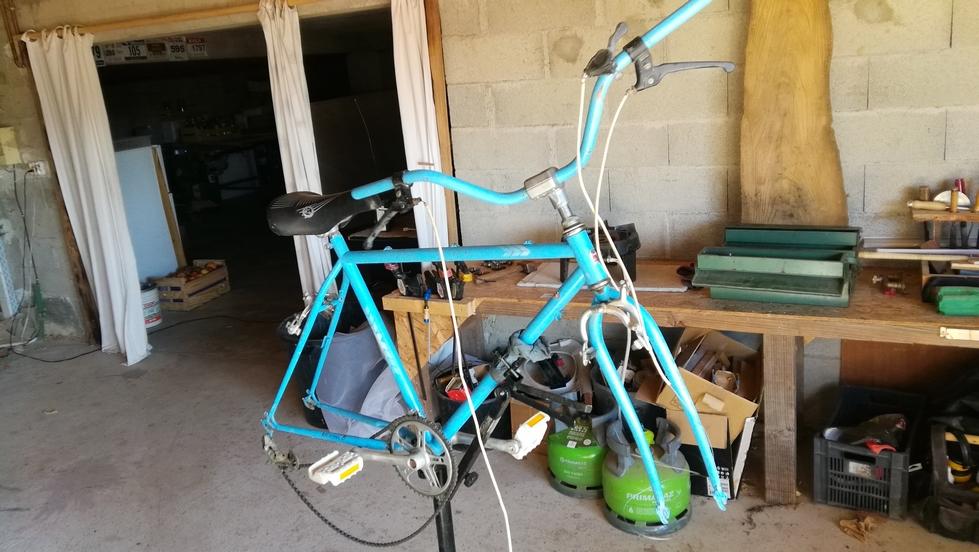 Un bien drôle de vélo MBK City Img_2080
