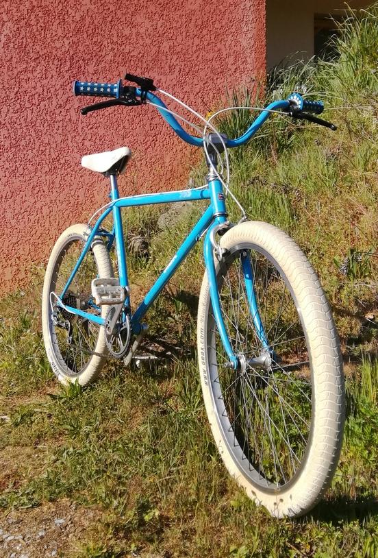 Un bien drôle de vélo MBK City Img_2123