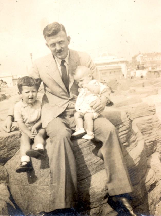 R.A.F. Blackpool 1944 - 1946 Dadblk10
