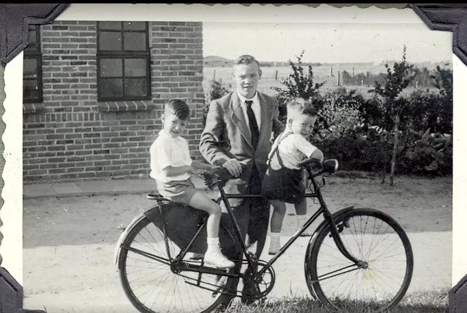 R.A.F. Eindhoven Families - 1946-1953 Leo_bi10
