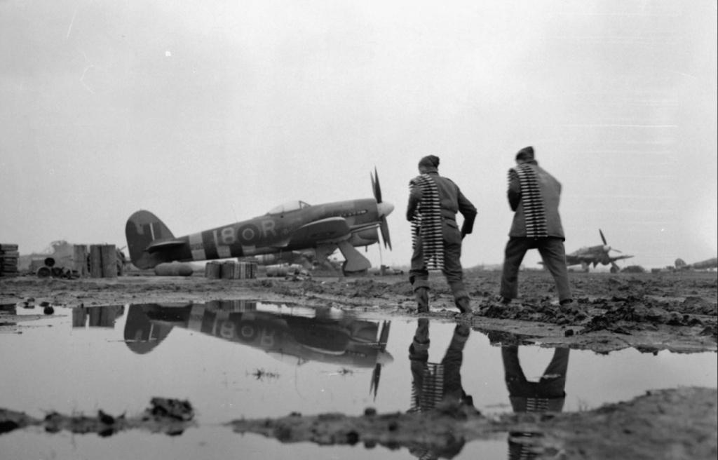 1945 - R.A.F. Eindhoven Raf_ei12