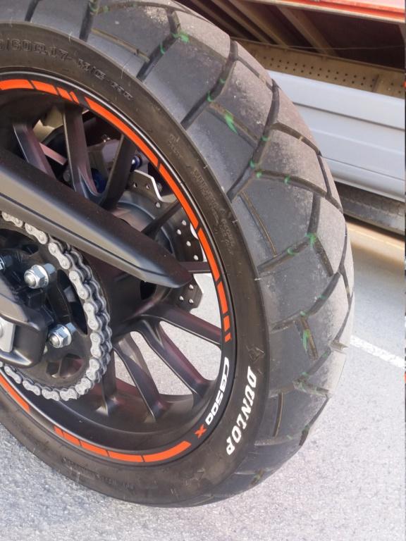 vendo pareja neumáticos 20210518