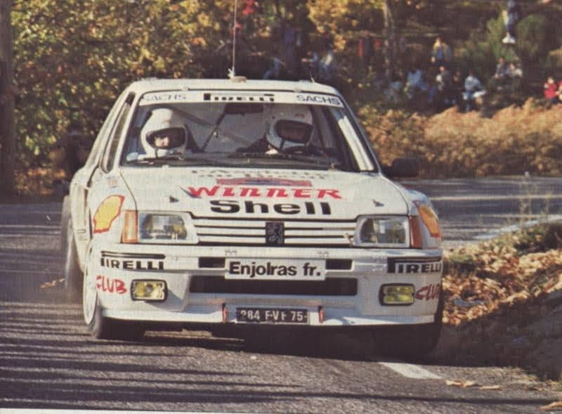 205 TURBO 16 groupe B client 10801310