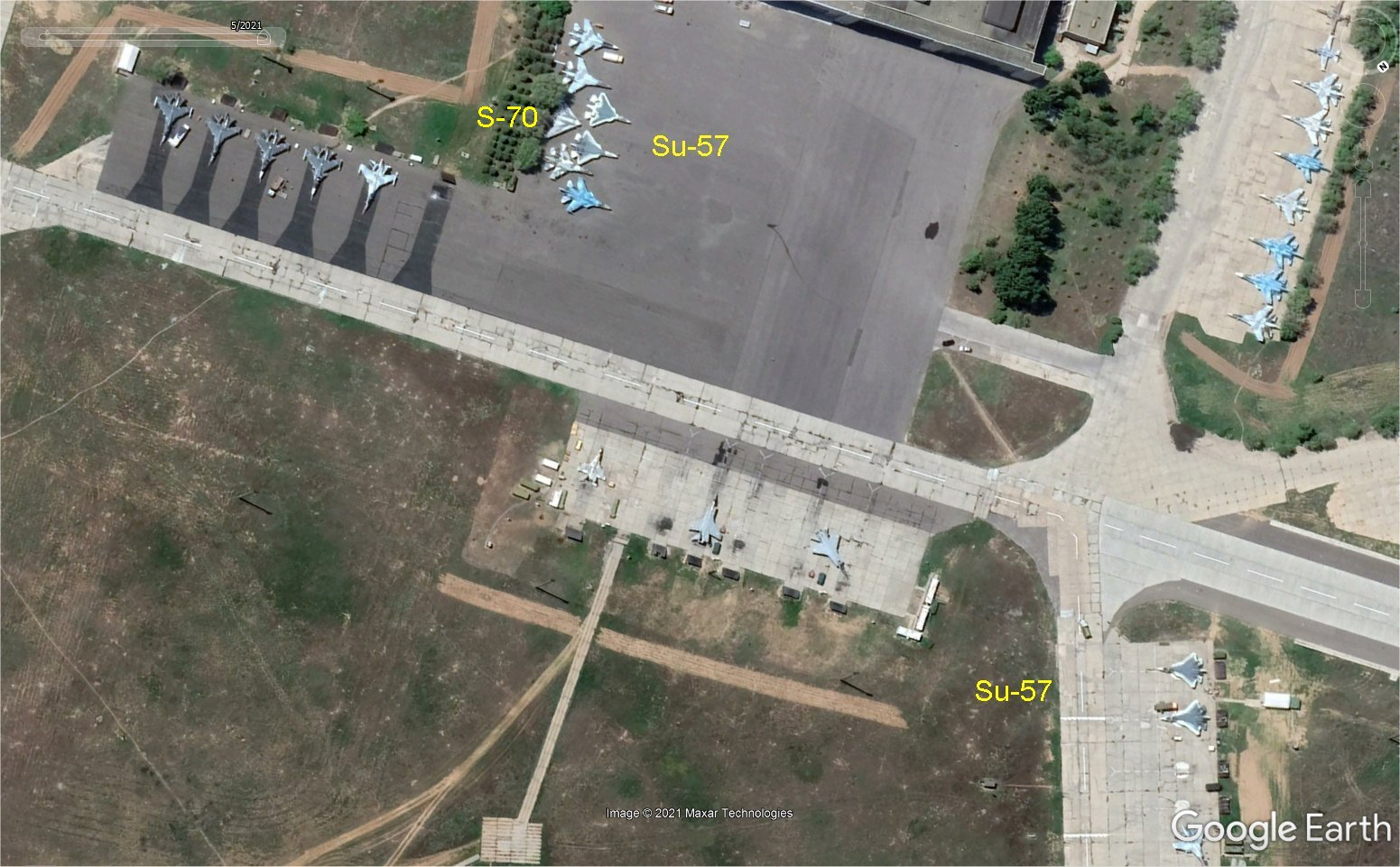 Egyptian Air Force (EAF) - Page 19 Eeeeei11