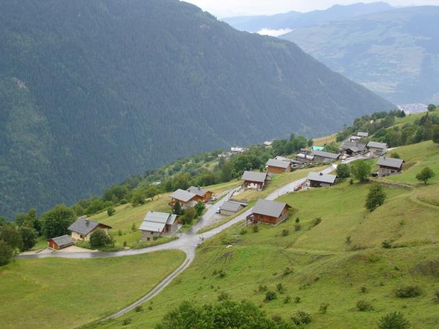 À la découverte des villages de Montvalezan Dsc01811