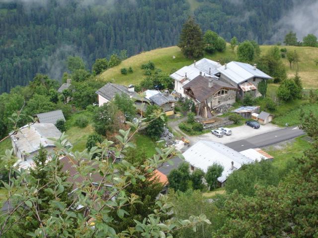 À la découverte des villages de Montvalezan Dsc01824