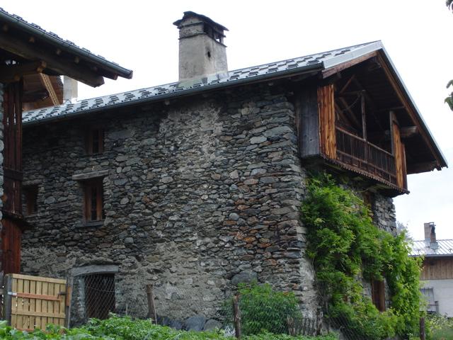À la découverte des villages de Montvalezan Dsc01830