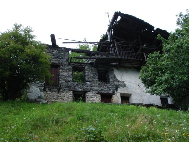 À la découverte des villages de Montvalezan Dsc01832