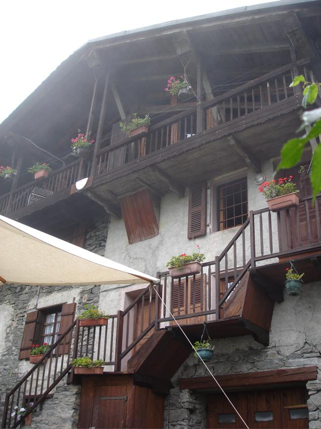 À la découverte des villages de Montvalezan Dsc01918