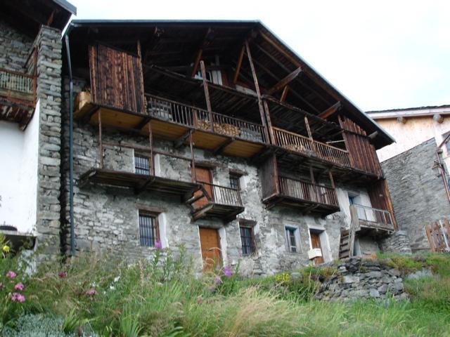 À la découverte des villages de Montvalezan Dsc01921