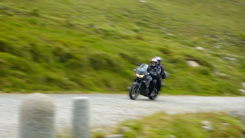 Vos plus belles photos de moto - Page 2 W58j4l10