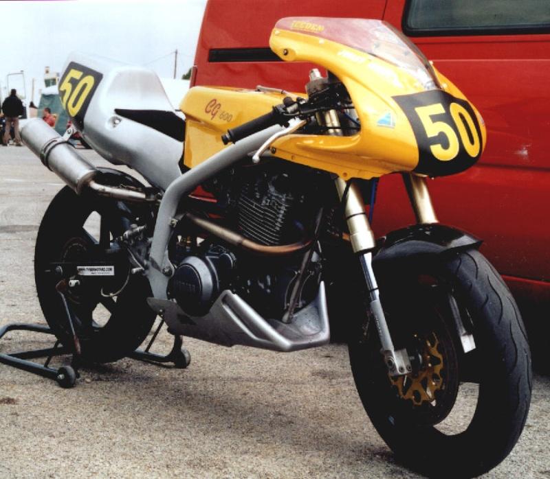 MONOS DE COURSE : Yam SZR, SR, BB1, Ducati, Gilera etc... Muz60010