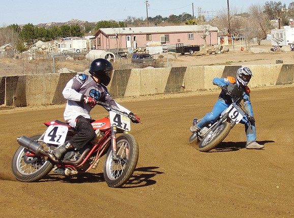 H2 + RD FLAT TRACKERS P2240110