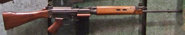 Quel était le modèle de ces fusils ZM-FN ? - Page 3 Fn_fal10