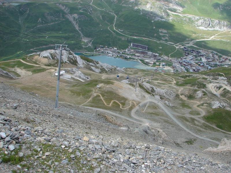 Balade sur la ligne de crête entre Tignes et Val - Page 2 Dsc03012