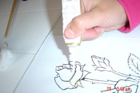 لعيونكم طريقة الرسم على الزجاج بالتفصيل Vuu42810