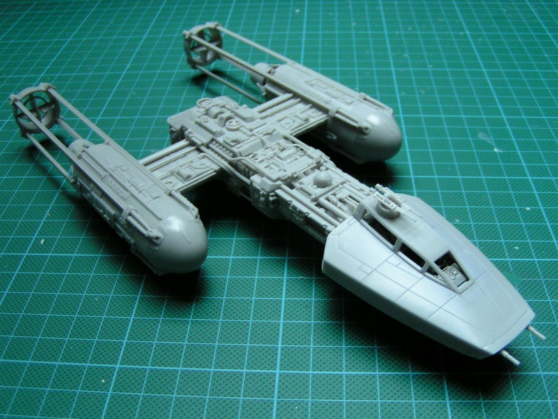 y-wing finemolds 1/72 FINI le 11/11 00210