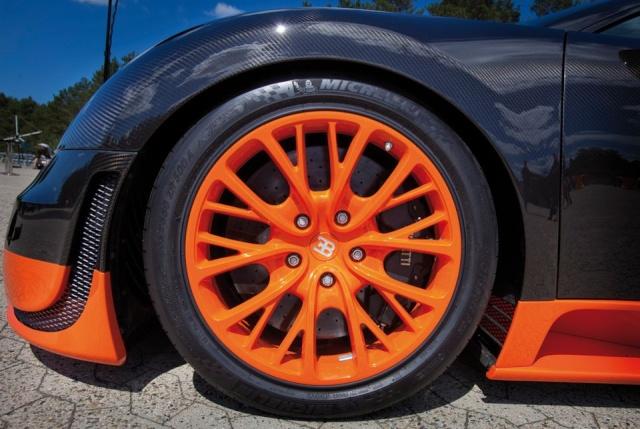 Bugatti Veyron 16.4 Super Sport Bugatt19