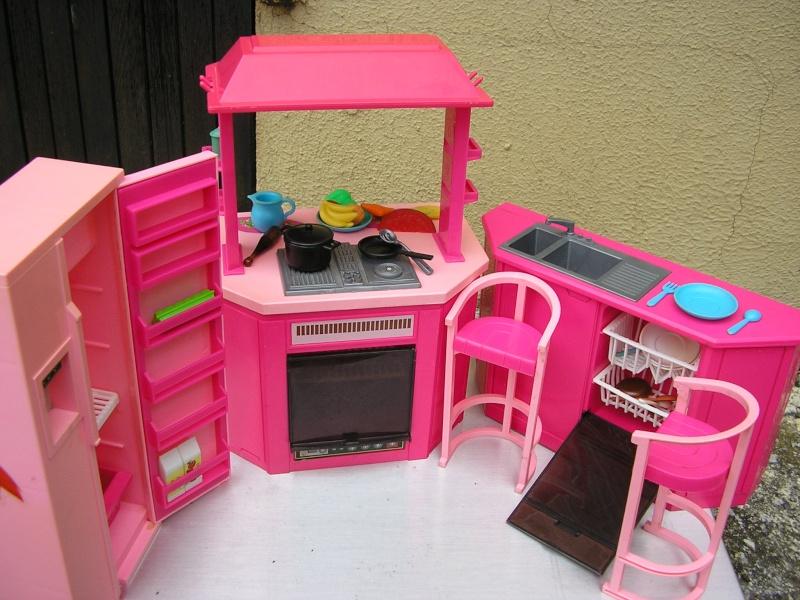 Sujet sur les maisons/le mobilier Mai_2010