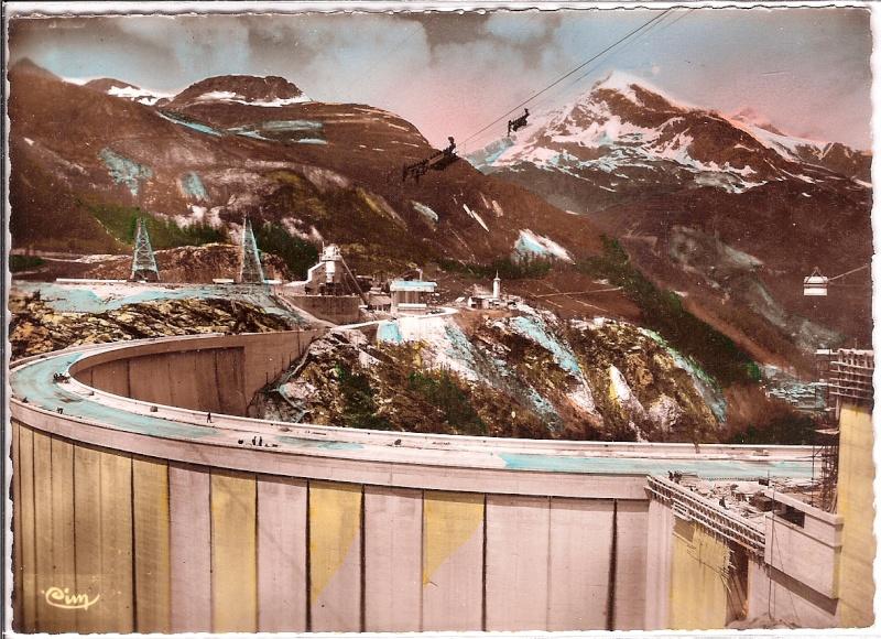 [Tignes] Le barrage de Tignes et les aménagements liés - Page 2 Barrag10