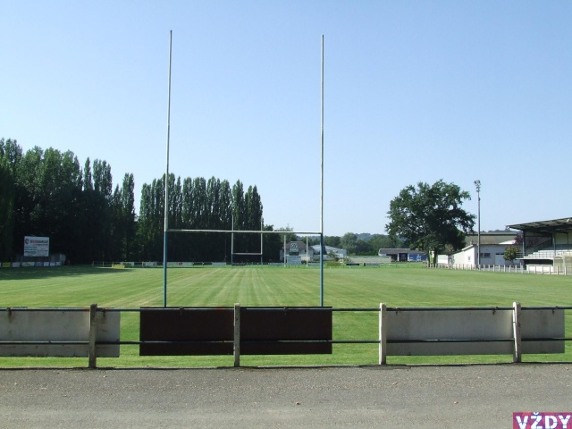 Stade de Rrruby  OBJAT (19) 2007_011
