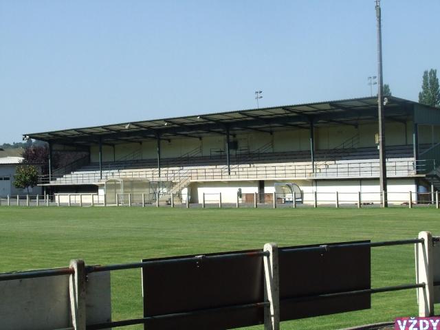Stade de Rrruby  OBJAT (19) 2007_012