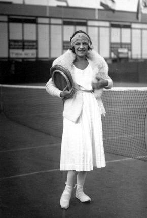 Suzanne Lenglen gagne pour la cinquième fois Wimbledon Lengle10