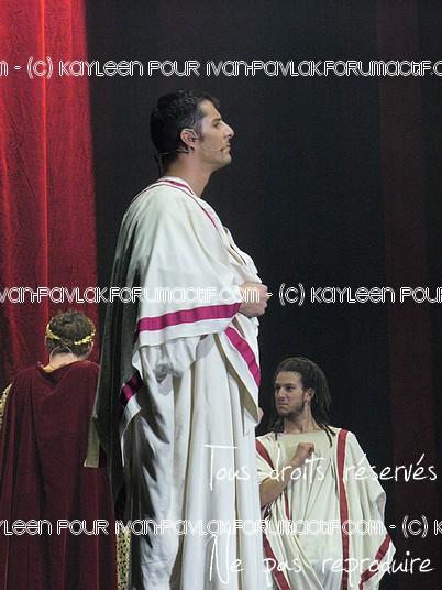 Cléopâtre : Ivan en Brutus P1090814