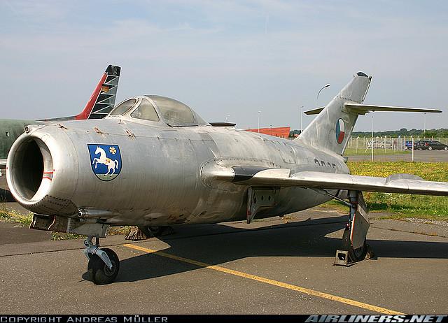 Musées Aviation - Page 6 Aero_s10
