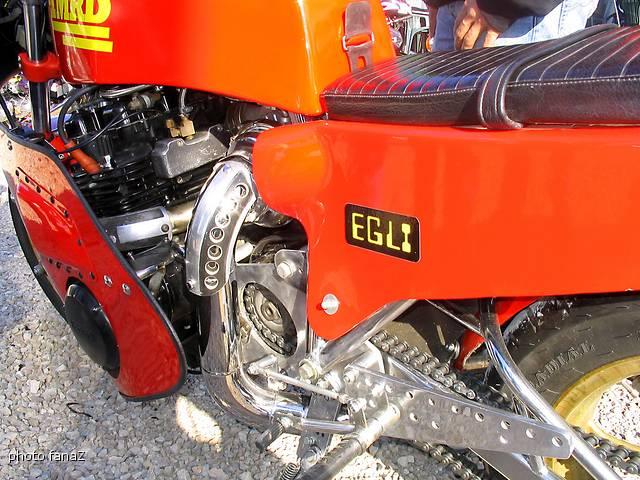 RESTAURATION DE L EX 900 GG DE KK _0002210