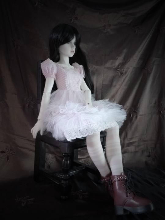 """[LDoll2] Meubles """"Lorrain"""" taille BJD - Page 2 P1010410"""