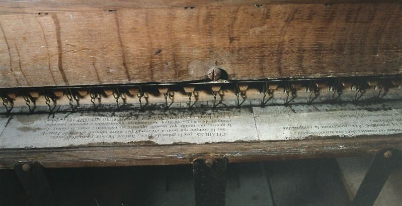 Le petit orgue de l'église de Cergy Laiepa10