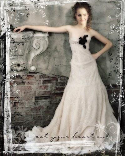 Emma Watson 1001_910