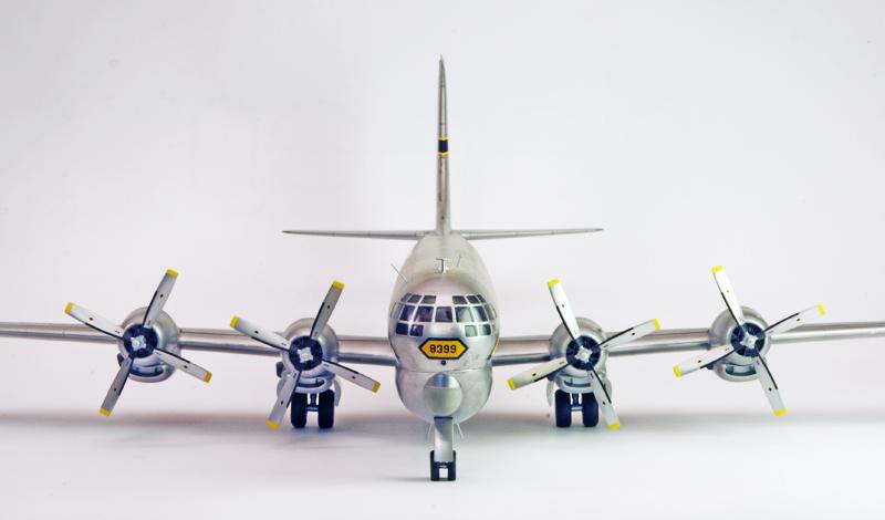 """Boeing C-97A """"Stratofreighter"""" [1:72 - Academy] Boeing19"""