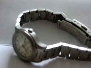 Raccourcir un bracelet pour montre femme Img_0110