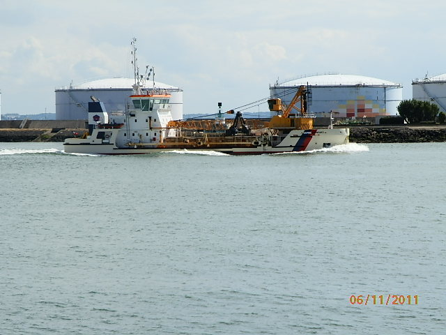Le port du Havre - Page 2 P6110010