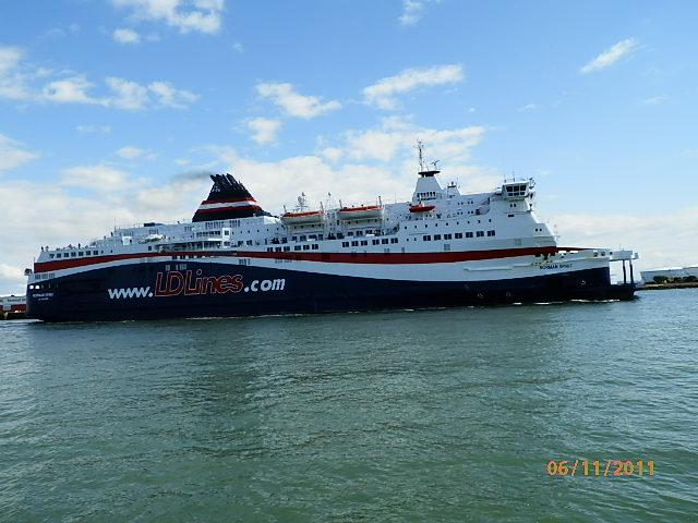 Le port du Havre - Page 2 P6110014