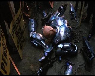 RoboCop : L'Intégrale (Trilogie, Série TV, Téléfilms...) Roboco43
