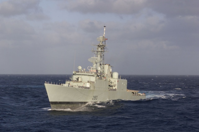 Canadian Navy - Marine Canadienne 11215010