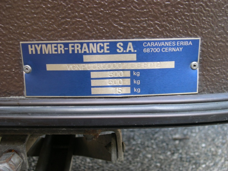 Plaque constructeur Eriba / Hymer [Post Photos] Puck1_10