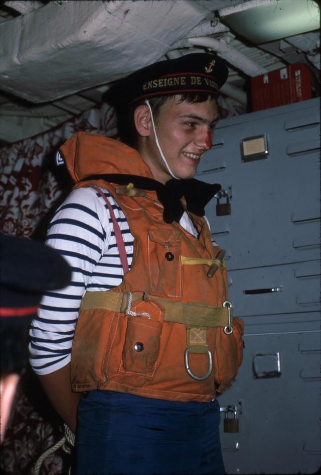 [ Les traditions dans la Marine ] LE PASSAGE DE LA LIGNE - ÉQUATEUR (Sujet unique) - Page 5 Ligne010